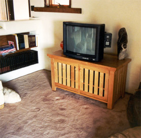Mission Style Slatted Stereo and TV Stand